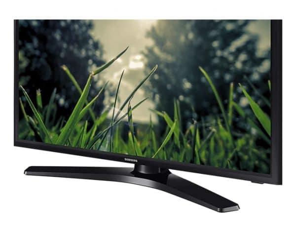 tv-monitor-ángulo-de-visualización-completamente-amplio-24HE310