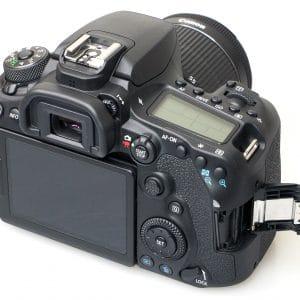 cámara-canon-90D